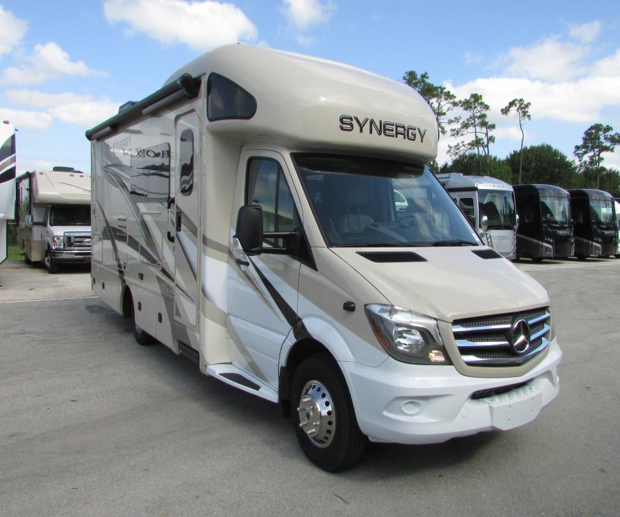 4707344cb182 2020 Thor Motor Coach SYNERGY PX131563